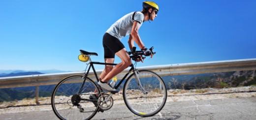 Fahrrad fahren ist ein guter Ausgleich zum stressigen Bürojob